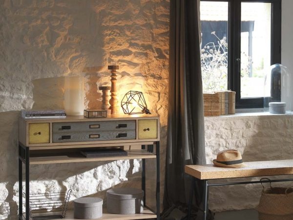 meuble commode avec lampe